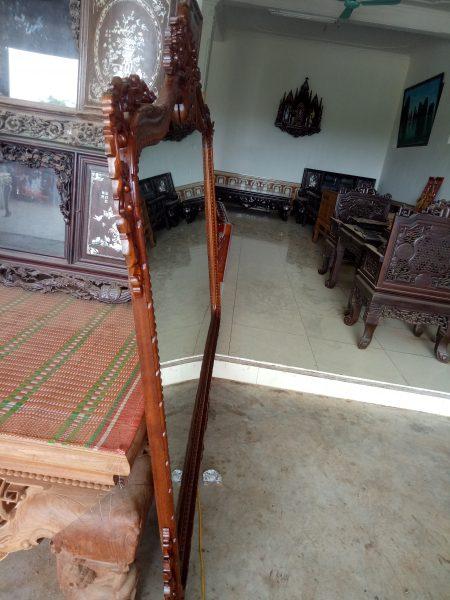 khung gương gỗ cao cấp