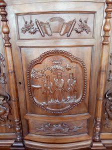 tủ thờ gỗ gụ đục tam đa
