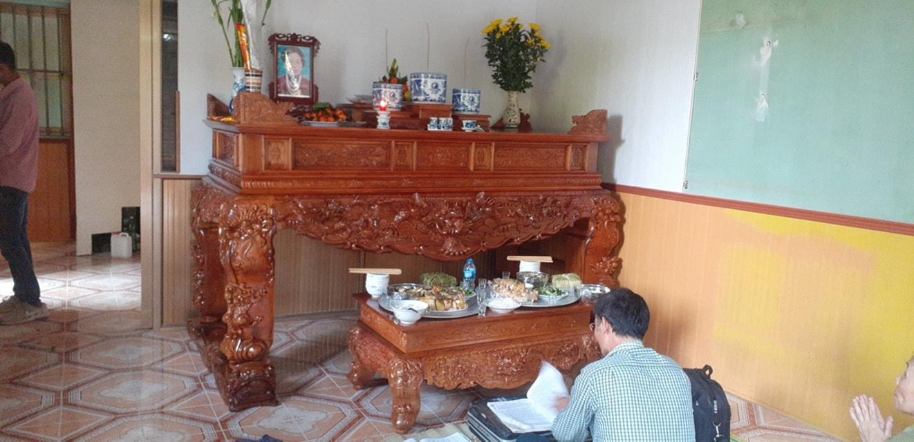 sập thờ tại Hải Dương