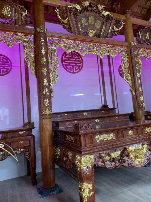sập thờ tam cấp gỗ gụ thiếp điểm vàng đài loan